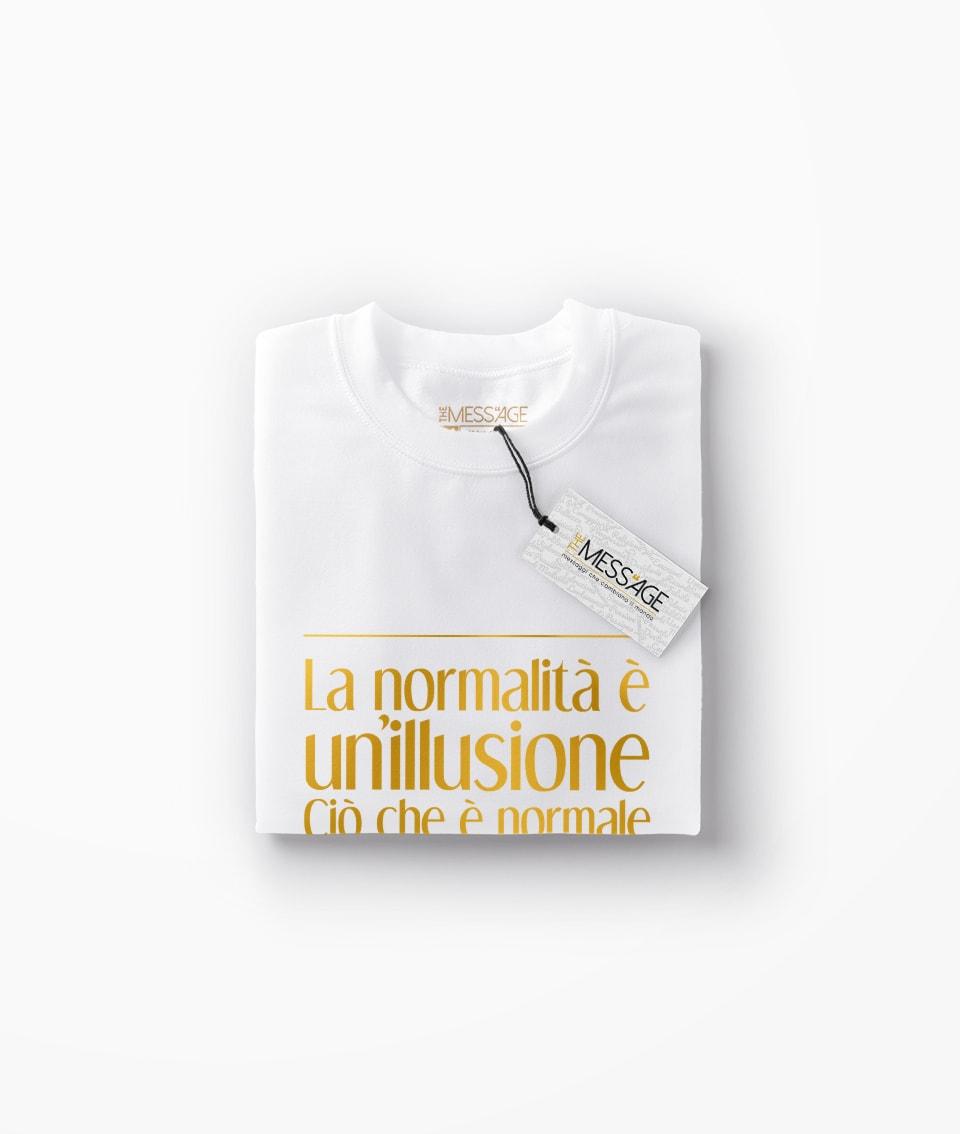 T-Shirt – La normalità è un'illusione – Morticia Addams