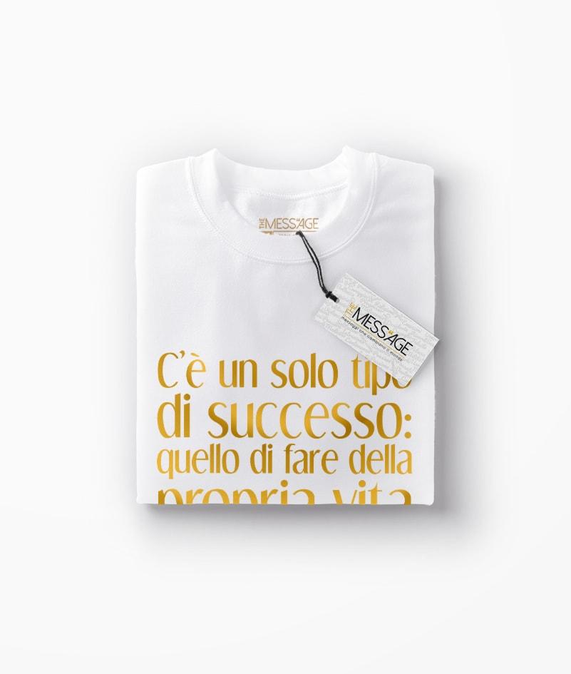 T-Shirt – C'è un solo tipo di successo – Henry David Thoreau